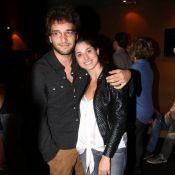 Humberto Carrão nega término de namoro com Chandelly Braz: 'Estamos bem'