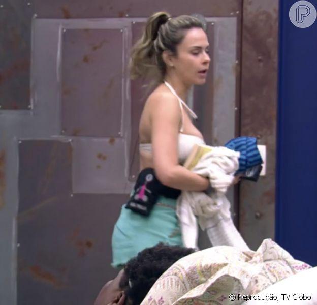 Ana Paula se irritou com Ronan em conversa, nesta quarta-feira, 17 de fevereiro de 2016