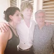 Caetano Veloso tieta Mick Jagger após chegada do inglês ao Rio