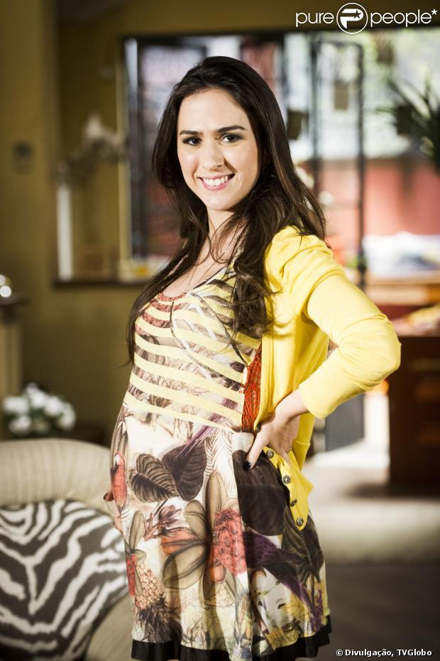 Tatá Werneck declarou que gravar as cenas de Valdirene grávida em 'Amor à Vida' acendeu a sua vontade de ser mãe
