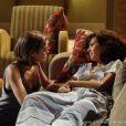 Simone (Andreia Horta) confessa para Amora (Sophie Charlotte) que precisa de um transplante de medula e implora para que ela cuide de seus filhos após sua morte, em 'Sangue Bom'