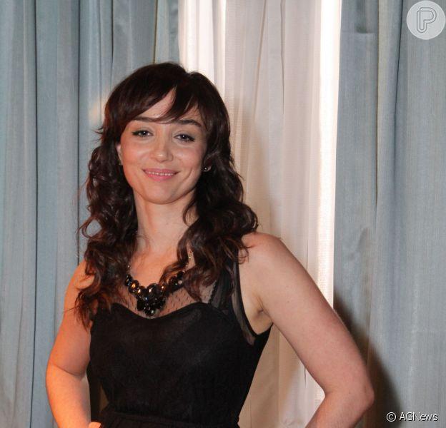 Simone Spoladore completa 34 anos nesta terça-feira, 29 de outubro de 2013