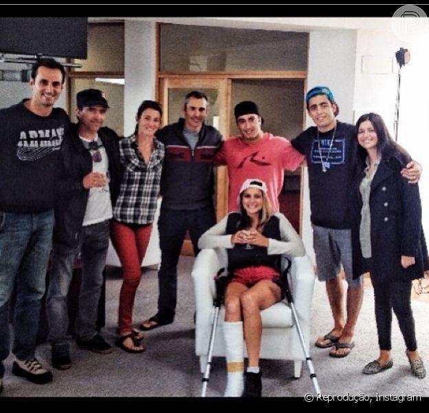 Maya Gabeira recebeu alta hospitalar nesta terça-feira, 29 de outubro de 2013