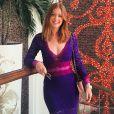 Marina Ruy Barbosa posou nas escadas do hotel Marsa Malaz Kempinski, em Doha, no Qatar, usando vestido roxo de tricô da Bo.Bô