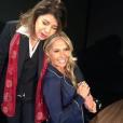 Adriane Galisteu postou foto com Roberta Miranda para divulgar a ida dela no programa 'Face a Face' um pouco antes de Roberta participar do 'Encontro com Fátima Bernardes', nesta terça-feira, 05 de julho de 2016