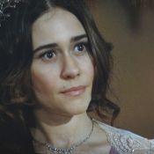 Em 'Lado a Lado', Edgar (Fragoso) diz a Catarina (Negrini) que reatou com Laura