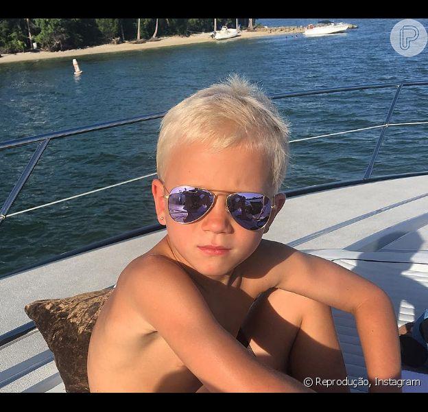 Justin Bieber postou fotos do irmão mais novo, Jaxon, de 6 anos, no seu Instagram nesta terça-feira, 05 de julho de 2016