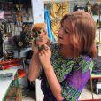 Marina Ruy Barbosa brincou com um Lóis em viagem pela Tailândia