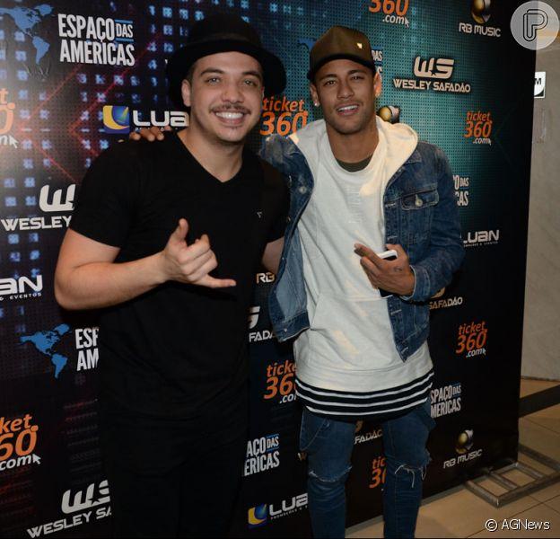 Neymar prestigiou o show de Wesley Safadão no Espaço das Américas, em São Paulo, na madrugada deste sábado, 9 de julho de 2016