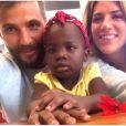 Giovanna Ewbank e Bruno Gagliasso adotaram Chissomo, de 2 anos, da África. Com o ator gravando a novela 'Sol Nascente', a atriz quer dedicar o tempo à filha