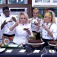 Ana Maria Braga e os participantes do 'Super Chef', Mumuzinho, Danielle Winits, Julianne Trevisol, Eri Johnson e André Gonçalves comem torta de chocolate e banana com mosca que caiu na calda