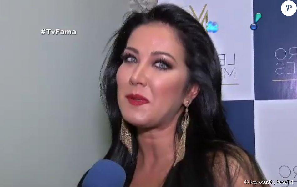 078413d848 Helen Ganzarolli disse que a cena romântica com Silvio Santos não estava  prevista