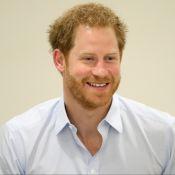 Príncipe Harry realiza exame de HIV ao vivo na web e admite: 'Nervoso'. Fotos!