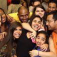 A ex-BBB Munik se encontra com fãs nesta quinta-feira (14) em bar no Rio de Janeiro
