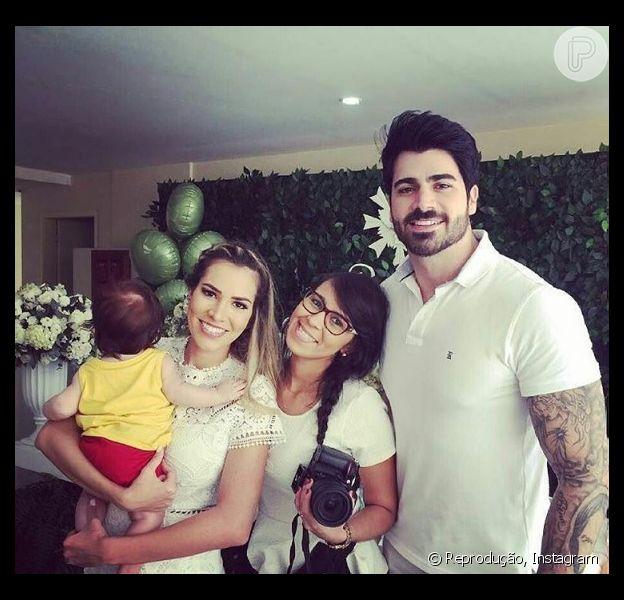 Adriana Sant'Anna e Rodrigão batizam o filho, Rodrigo, no Rio de Janeiro, em 16 de julho de 2016