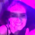 Ana Paula Renault, do 'BBB16', tieta Camila Queiroz no baile da Favorita, no Rio, neste sábado, 16 de julho de 2016
