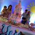 Wesley Safadão e a mulher,  Thyane Dantas,   escolheram o tema boneca para a festa de Ysis