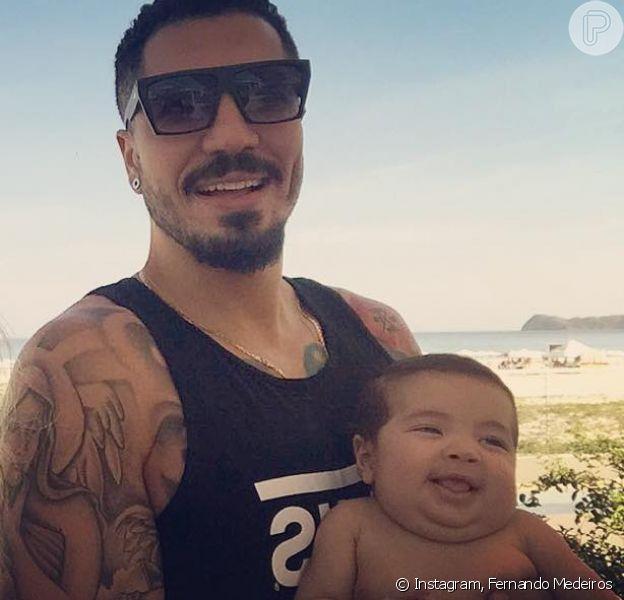 Ex-BBB Fernando Medeiros exibiu o filho, Lucca, com Aline Gotchalg sorrindo: 'Essa gargalhada do Lucca é de felicidade porque o 2 para o mundo vai voltar e ele também vai viajar com a gente'