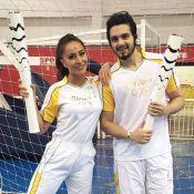 Sabrina Sato e Luan Santana conduzem a tocha olímpica em São Paulo