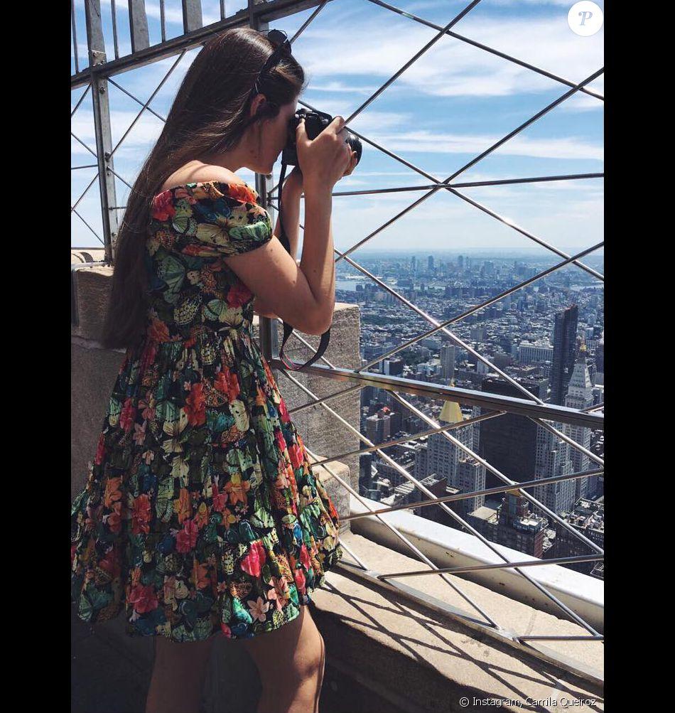 Camila Queiroz está curtindo folga de 'Êta Mundo Bom' Nova York: 'Esse lugar só me traz lembrança boa dos quase 3 anos que morei aqui. É e sempre será emocionante voltar', disse em seu perfil no Instagram, nesta segunda-feira, 25 de julho de 2016