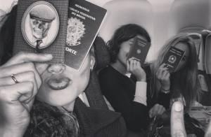 Sophie Charlotte viaja com amigas atrizes para Nova York