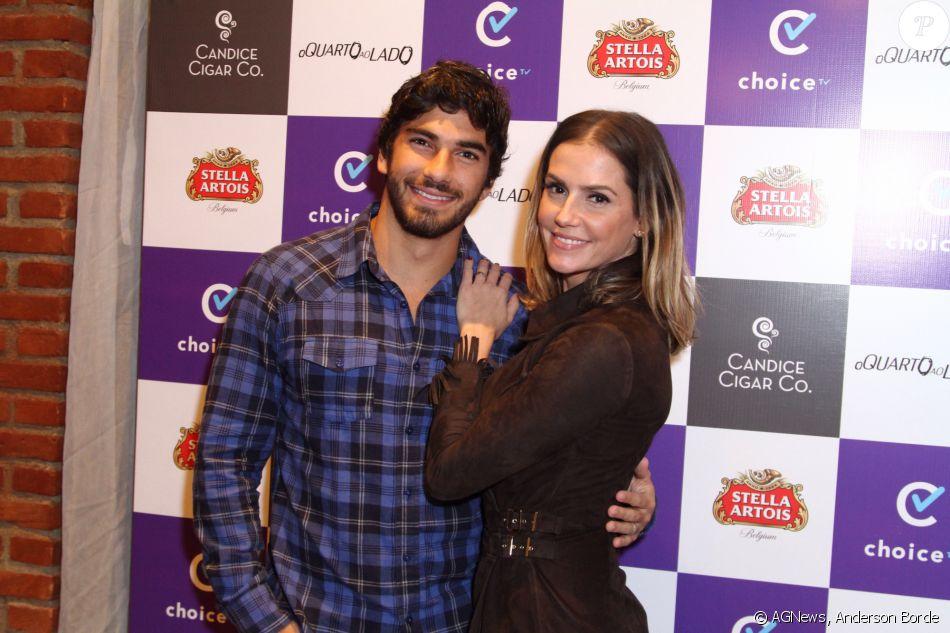 Deborah Secco diz que marido, Hugo Moura, não quer outro filho agora: 'Acha cedo'