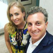 Angélica aparece sem maquiagem e empacotando compras em vídeo de Luciano Huck