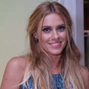 Carolina Dieckmann aceitaria raspar o cabelo em novo trabalho: 'Sonho com isso'