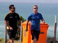 Fabio Assunção mostra disposição ao se exercitar na praia da Barra. Fotos!