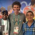 Zeca Pagodinho posa ao lado de Jorge Ben Jor e Gustavo Kuerten