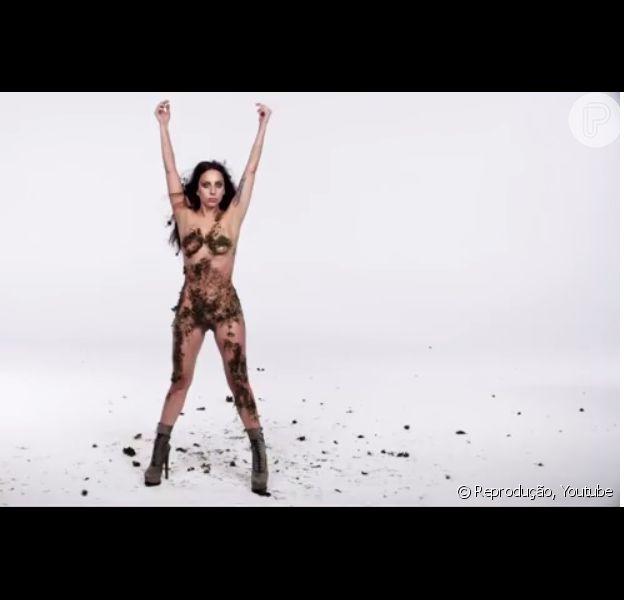 Lady Gaga aparece nua em vídeo de divulgação do álbum 'ARTPOP'