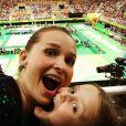 Fernanda Rodrigues publicou uma foto na companhia da filha, enquantoa companhada os Jogos Olímpicos Rio 2016