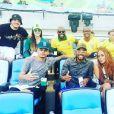 Alguns famosos se reuniram na tribuna do Maracanã. Entre eles Wesley Safadão, Nego do Borel, Thiaguinho, Rafael Zulu, Josie Pessoa, Mc Maneirinho e Rafaella, irmã de Neymar