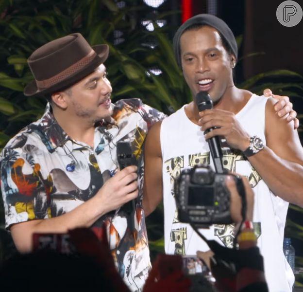 Wesley Safadão lança música com Ronaldinho Gaúcho e web se divide nesta quinta-feira, dia 11 de agosto de 2016