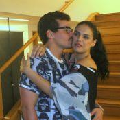 Paloma Bernardi nega crise no namoro com Thiago Martins: 'Está tudo bem'