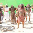 Os hebreus atravessam o Rio Jordão na novela 'A Terra Prometida', a partir da segunda-feira, 22 de agosto de 2016