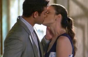 'Amor à Vida': Elias (Sidney Sampaio) pede Gina em namoro e a beija