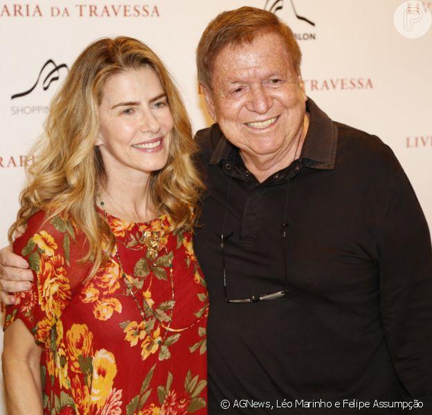 José Bonifácio De Oliveira Sobrinho, o Boni, e o amigo Ricardo Amaral lançaram o livro 'Boni & Amaral - Guia dos Guias', na noite desta terça- feira, 10 de dezembro de 2013