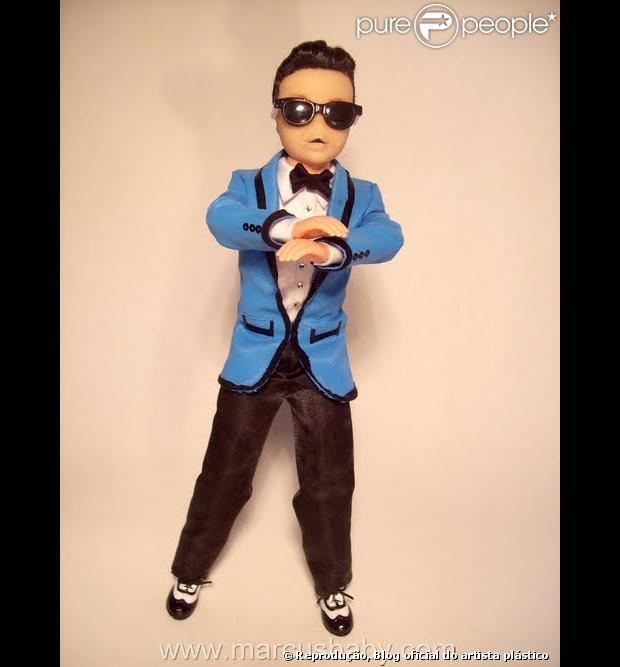 Artista plástico brasileiro Marcus Baby cria versão boneco de Psy, do hit 'Gangnam Style', em 2 de janeiro de 2013