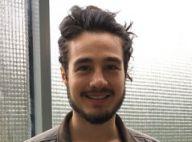 Tiago Iorc surpreende ao aparecer em foto com cabelos soltos e sem camisa. Veja!