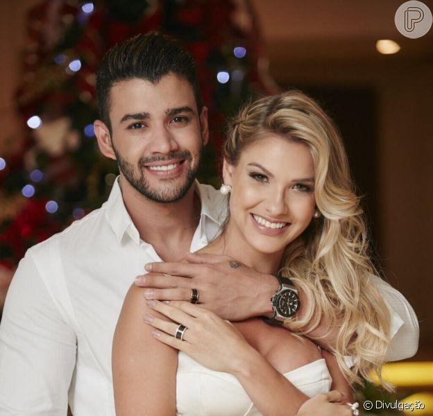 Gusttavo Lima afirmou não ter a aprovação da mulher, Andressa Suita, quando compartilha imagens sem camisa nas redes sociais: ''Não precisa, né?''