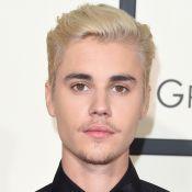 Justin Bieber deixa palco após se irritar com fãs em show e é vaiado. Vídeos!