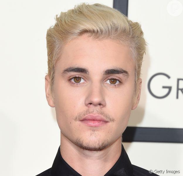 Justin Bieber se irritou com fãs e deixou o palco durante show em Manchester, na Inglaterra