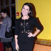 Fernanda Souza é solidária com fã na web e oferece vestido para casamento