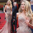 Os recortes com transparências do vestido Versace de Blake Lively deixaram a dúvida quanto ao uso de Ligerie no tapete vermelho no Festival de Cannes, na França
