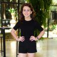 Klara Castanho, de 16 anos,  cortou ainda mais os cabelos e aderiu ao corte chanel