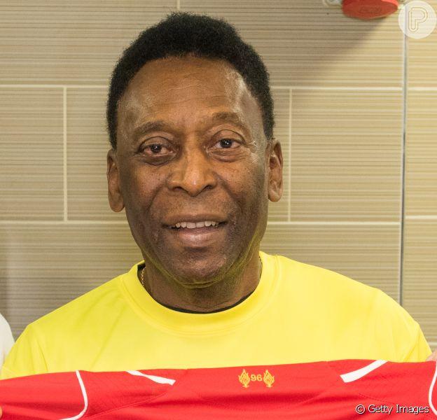 Pelé não está mais conseguindo andar, segundo a coluna 'Gente Boa' do jornal 'O Globo' deste domingo, 30 de outubro de 2016