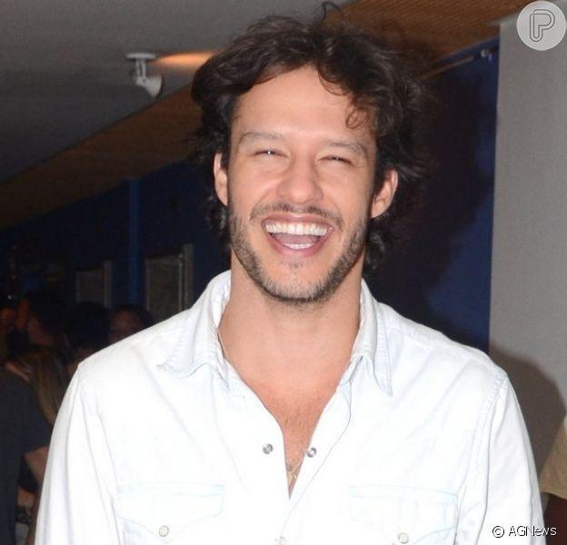 Nando Rodrigues é flagrado com Yasmin Volpato; modelo é ex-affair de Lucas Lucco e Neymar