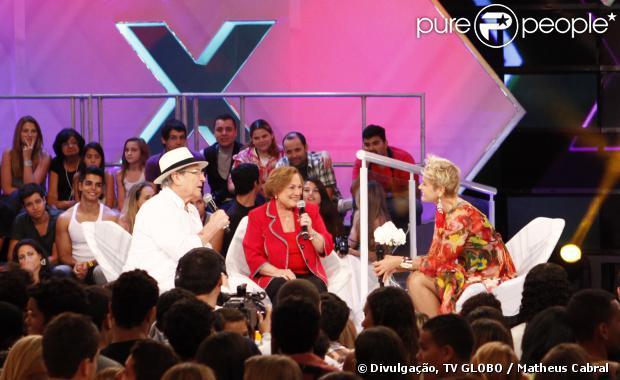 Nicette Bruno participou do programa 'TV Xuxa' ao lado de Paulo Goulart, em 2011