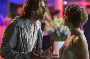 'A Lei do Amor': Pedro e Helô brigam após revelação de que ele é pai de Letícia